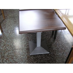 Mesa pie central hierro pintado tablero werzalit